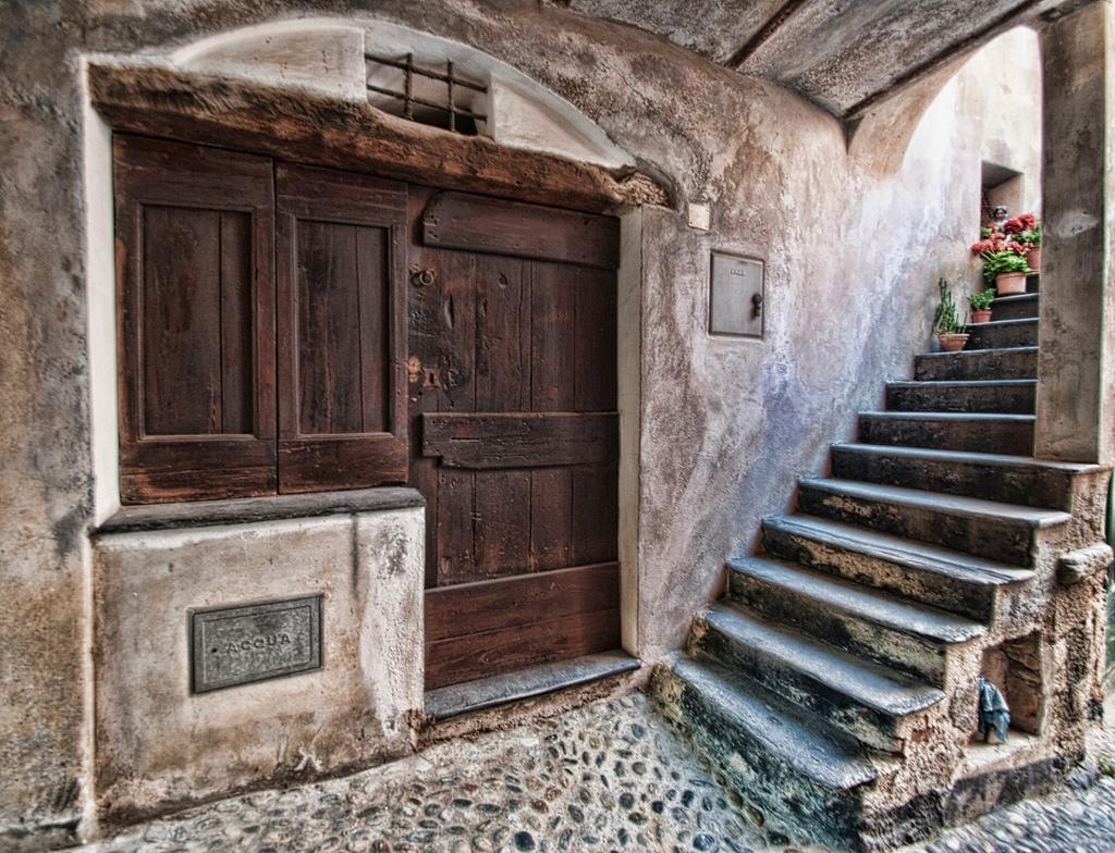 Porta dizionario significato e curiosit - Batacchio porta ...