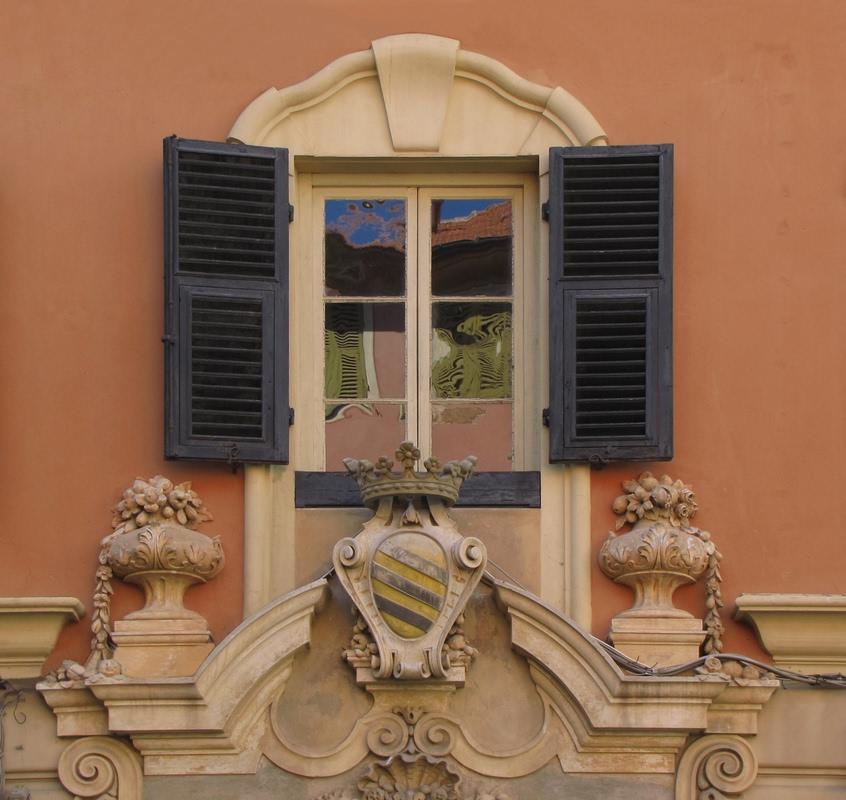 Decori dizionario significato e curiosit - Rima con finestra ...