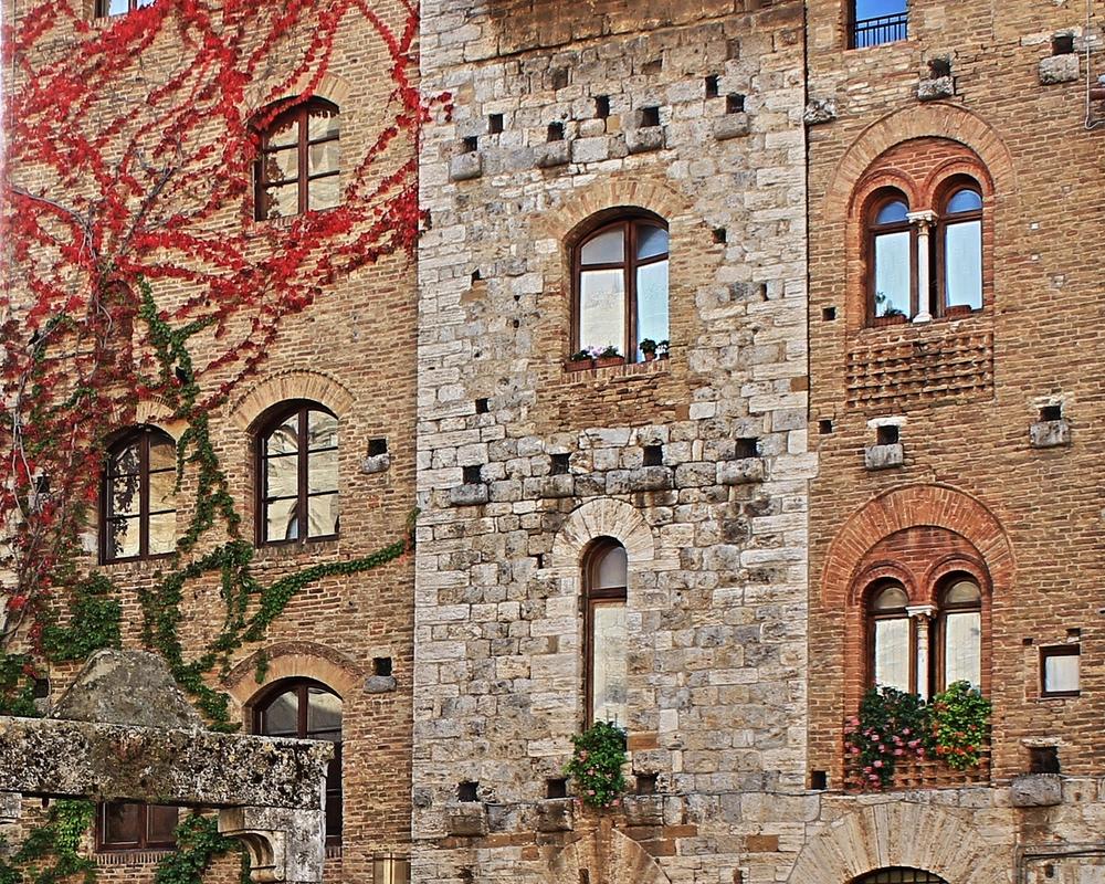 Finestre di san gimignano dizy foto - Foto di finestre ...