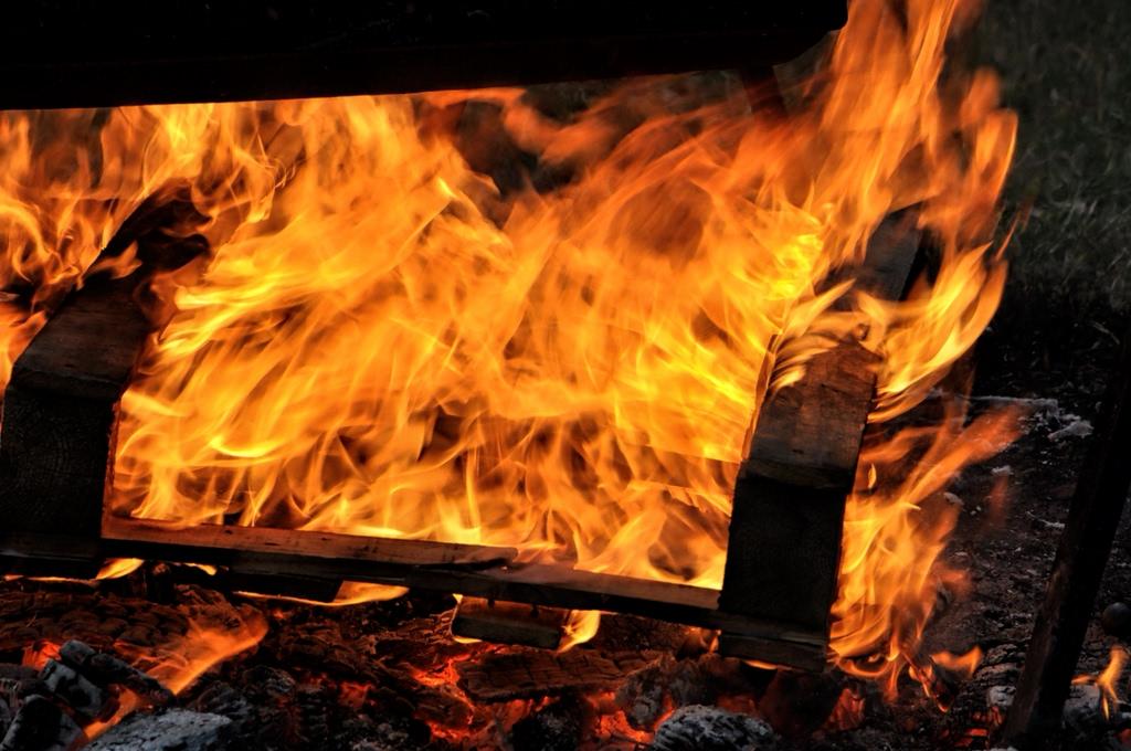 bruciare dizionario significato e curiosit