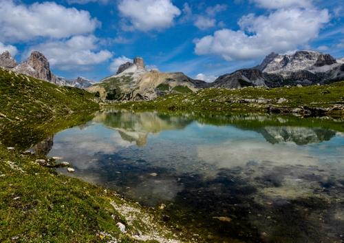 Laghetto ai piedi delle tre cime di lavaredo dizy foto for Acqua verde laghetto